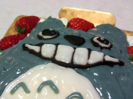 隣のトトロのケーキ