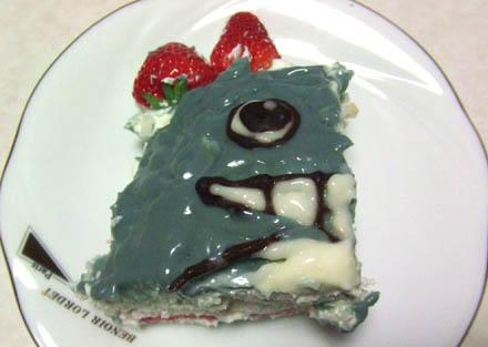 隣のトトロケーキ