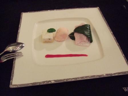 ハービスde和創作料理!桜餅とアイスとチーズケーキ