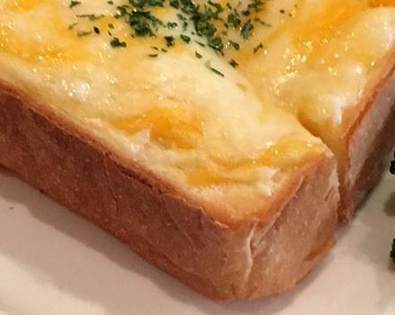 浅草の老舗ペリカンの食パン