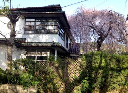 京都銀月アパートメント