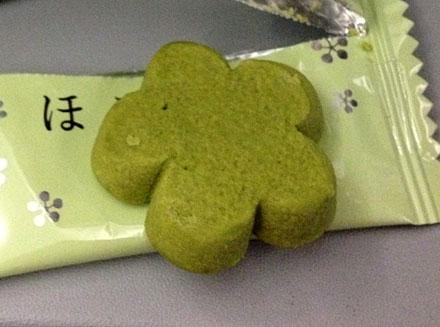 ジェットスターおやつはほろ和菓抹茶